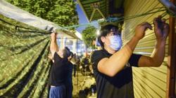 Hà Nội: Cấp tốc dựng chốt phân vùng chống dịch trong đêm