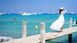 """Saint Tropez trở thành """"thánh địa du lịch thế giới"""", """"sân chơi của nhà giàu và người nổi tiếng"""" vì điều này"""
