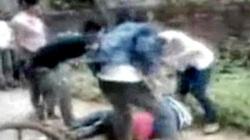 Bức xúc với clip ba nữ sinh đánh bạn tàn bạo