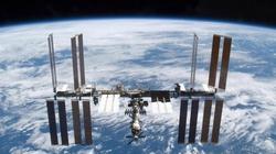 Phi đoàn ISS đón năm mới 16 lần