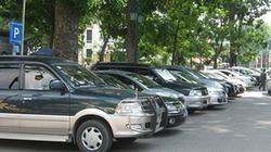 """Dân thủ đô """"ngã ngửa"""" với giá trông xe ô tô"""