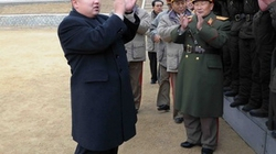 Ông Kim Jong-Un được ca ngợi là thiên tài quân sự