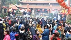 Đầu năm chen chân đi lễ chùa