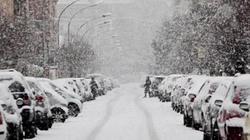 Italia chìm trong tuyết rơi dày hiếm thấy