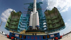 Chinh phục Mặt trăng: Mỹ nhường bước Trung Quốc?