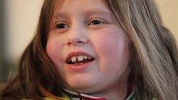 Bé gái 9 tuổi được cấy ghép 6 bộ phận một lúc