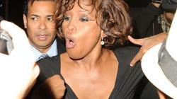 Hình ảnh thê thảm cuối cùng của Whitney là do ghen tuông
