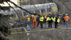 Tàu hỏa trật bánh, đường sắt Canada hỗn loạn