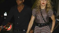 """Madonna từ chối lời cầu hôn của """"phi công trẻ"""""""