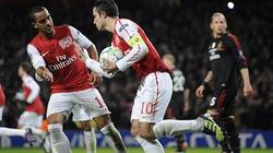 Hạ Milan 3-0, Arsenal vẫn phải dừng bước