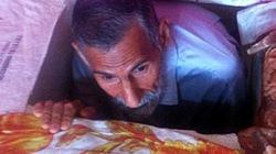 Chui trong hầm để tránh án chết từ thời... Saddam Hussein