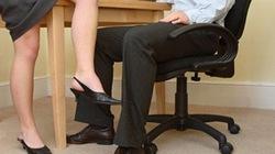 Ngoại tình công sở: Dữ dội và... hối hận