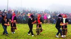 Người Dao đỏ nhảy lễ tạ tổ tiên