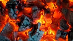 Bé 6 tháng tuổi bỏng do sưởi ấm bằng chậu than