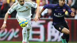 Swansea-Arsenal (2-2): Kịch tính phút cuối