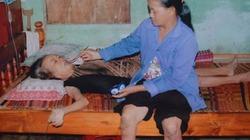 Con gái cụt 2 chân ăn xin nuôi mẹ ung thư chờ ngày bán nhà trả nợ