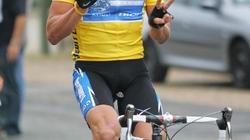 """Lance Armstrong: """"Chết"""" vì ngoan cố"""