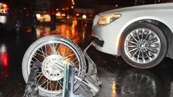 Ô tô tràn dầu gây tai nạn liên hoàn, 6 người nhập viện