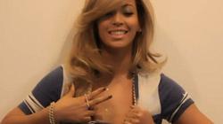 Vén áo, Beyonce khiêu khích cánh mày râu