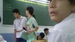 Clip: Bị cô giáo tát lia lịa trong lớp, nam sinh không dám nhúc nhích