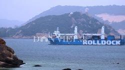 """Tiến vào vịnh Cam Ranh, tàu ngầm Kilo Hà Nội """"hoành"""" tới cỡ nào?"""