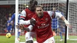 Clip: Bendtner thành người hùng, Arsenal thắng phút chót