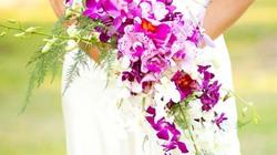 13 mẫu hoa dáng dài thướt tha cho cô dâu