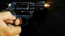 Công an vây sòng bài, súng nổ, 1 người tử vong