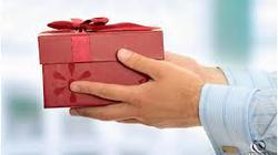 Bộ GTVT cấm cấp dưới tặng quà Tết