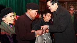 Chủ tịch nước tặng quà tết cho các đối tượng chính sách