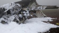 Máy bay lao vào đường điện 15kV, 4 người tử nạn