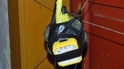 Treo bom tự tạo đầy nhà để... đuổi trộm