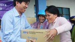 BIDV Quảng Ngãi: Mang quà tết đến với người nghèo