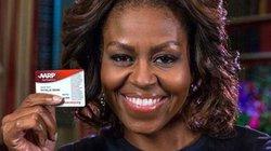 Đệ nhất phu nhân Obama mừng tuổi 50 bằng thẻ... hưu