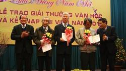 Hội Nhà văn trao giải thưởng văn học 2013