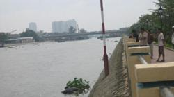 Thi thể cô gái trẻ nổi trên sông với nhiều vết trầy