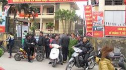 Ninh Hiệp :  Dân bất bình  vì... loạn chợ