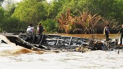 Toàn cảnh vụ tàu cánh ngầm cháy rụi trên sông