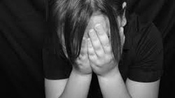 Bắt quả tang ông già 64 tuổi hiếp dâm bé gái 13 tuổi