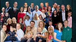 9 điều luật thú vị của ông bố Mỹ có 12 con, 18 cháu