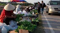 """Chợ bán đồ """"rặt Việt Nam"""" ở Mỹ"""