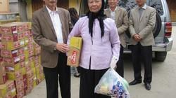Báo Nông thôn Ngày nay phối hợp trao quà cho hàng ngàn nông dân nghèo đón tết