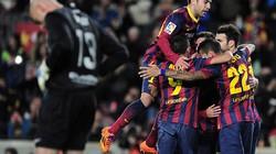 """""""Vùi dập"""" Malaga, Barca đòi lại ngôi đầu La Liga"""