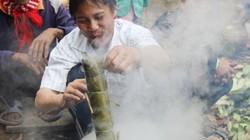 Chùm ảnh: Người rừng Lang vớt bánh tét với nụ cười trong Tết ấm