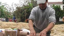 Đặc sản giò ngựa cháy hàng dịp Tết Giáp Ngọ