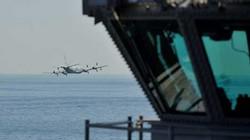 Máy bay Iran áp sát tàu sân bay Mỹ
