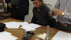 Mùng 3 Tết, bắt gần 3.000 viên nén nghi là ma túy
