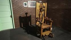 Mỹ: Hết thuốc độc cho án tử, quay lại với... ghế điện?
