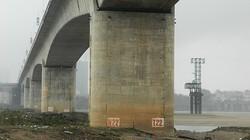 Hà Nội: Trụ cầu Vĩnh Tuy xuất hiện nhiều vết nứt