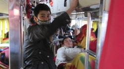 Thừa Thiên - Huế: Phát hiện xe 45 chỗ nhồi nhét 72 khách